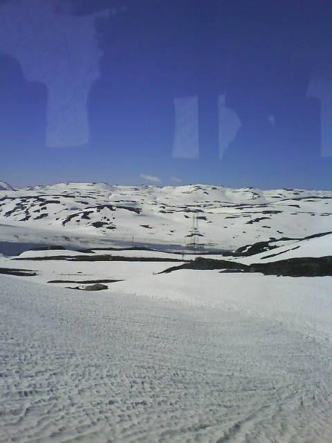 Slik så det ut fra bussvinduet oppe på fjellet