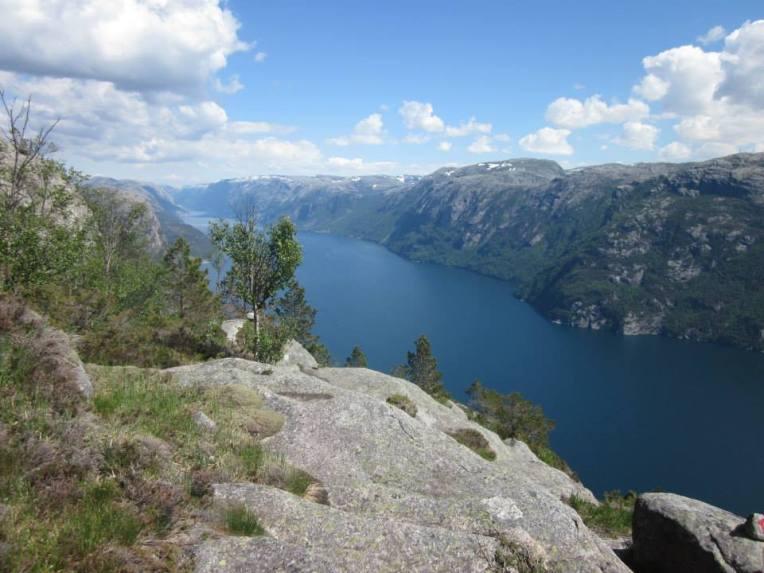 motbratteli_utsikt_lysefjorden