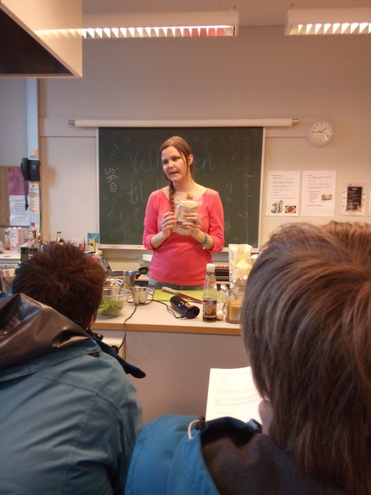 Jane forklarer hva quinoa er og hvordan denne ingrediensen brukes.