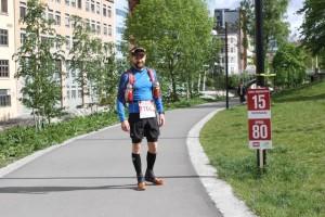 Slik var løypen merket. Løperen heter René Thomas Hansen (fra Kondis.no)