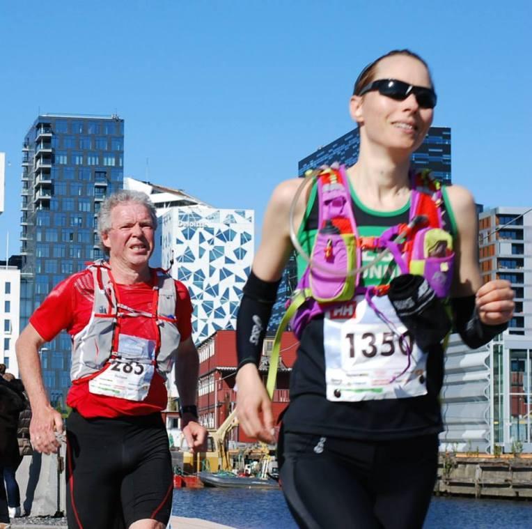 Saras innspurt på 45 km. Ok, jg skal innrømme at vi ligner. Sjønner hvorfor Sara fikk så mange gratulasjoner med seieren når vi var i Oslo på søndag (foto: Sporten.com)