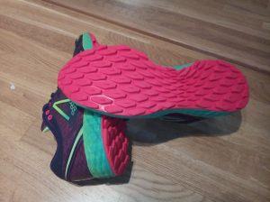 Ikke den mest aggressive sålen, skoene var best på siste halvdel av løpet (asfalt, grus, myr, lynghei)
