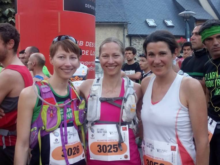 From left: Sara, me and Sarah, 3 of the 4 Vegan Runners in the race (which meant that 40 % of the female field were vegans)